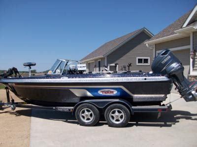 skeeter boats eau claire wi skeeter color patterns skeeter boats in depth outdoors