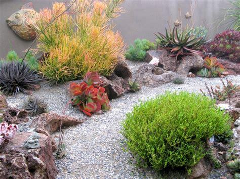 Galet Décoratif Jardin 2454 by Idee Deco Jardin Japonais 14 Jardin Moderne Avec Du