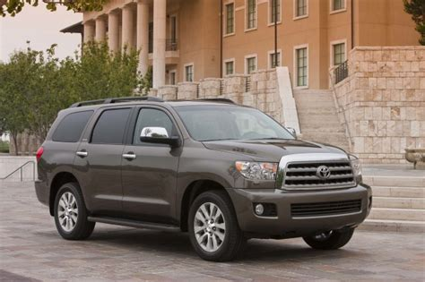 Toyota Sequoia Mpg 2014 Toyota Sequoia Review Ratings Specs Prices And