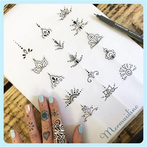 tattoo mandala finger toe tattoo designs henna party pinterest toe tattoos