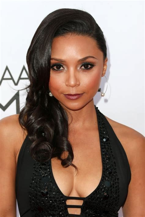 One Room Game by Danielle Nicolet Joins Kevin Hart Dwayne Johnson Comedy