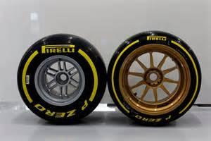 Lotus 6 Wheel F1 Bient 244 T Des Jantes De 18 Pouces Sur Les Formule 1