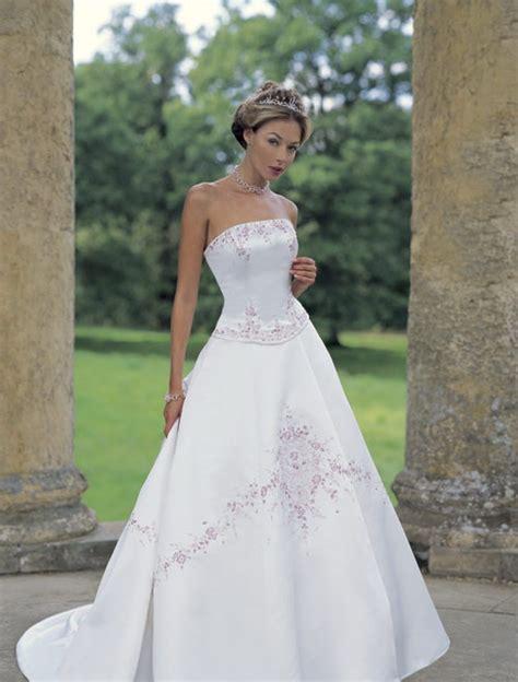 wedding planning find a cheap wedding dress