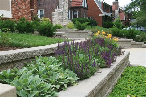 retaining wall flower bed retaining wall and flower bed featuring decorative plants