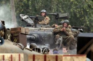film perang tank terbaru film perang dunia 2 digarap world war ii movie fury