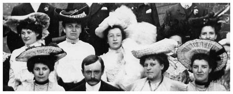 womens 1904 hairstyles 1904 edwardian wedding dress picture bride groom and