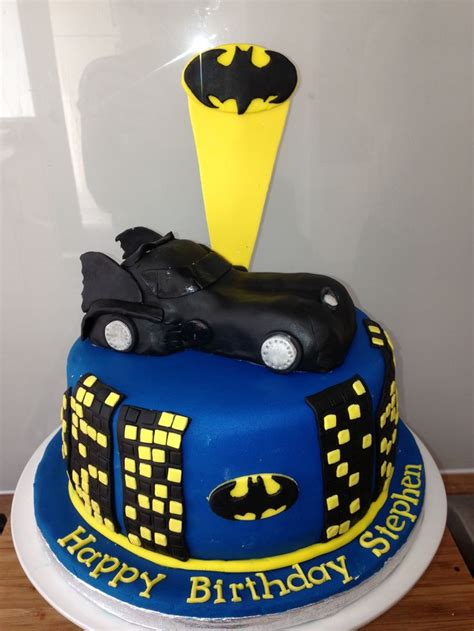 batmobile batman cake food pinterest batman cakes