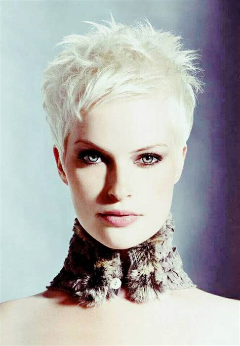 suitable hairstyle 60 trendiest low maintenance short haircuts you would love