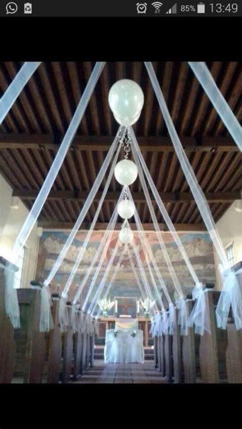 Saaldeko Hochzeit by Luftballons In Der Kirche Hochzeit Deko