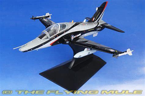 Pesawat Falcon 1 72 Hawk Bae Fa727007 fa fa727007 falcon models hawk diecast model bae systems