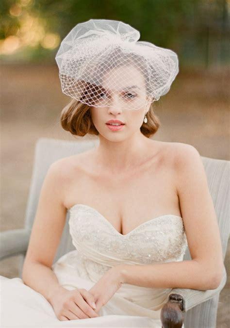 Hochzeitsfrisur Zu Hause by 34 Beispiele F 252 R Zeitlose Brautfrisuren Mit Schleier