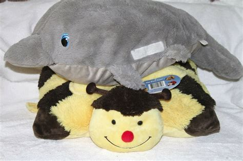 plush pillows lot of 2 stuffed plush pillows bumble bee pillow pet nwt