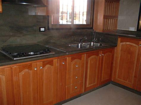 mueble de sonido madera de cedro cocinas mobiliarios