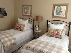 Country Guest Bedroom Ideas Best 25 Beds Ideas On