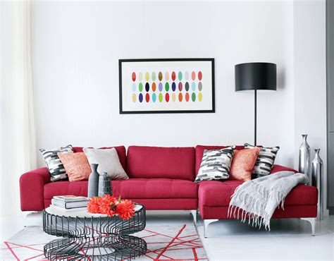 Living Room Decorating Ideas That Expand Space Freshome Com Traditional Living Room With Red Sofa