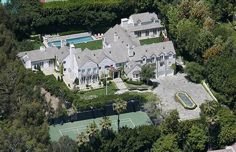 Tom Cruise Mansion | tom cruise lists beverly hills mansion for 50 million