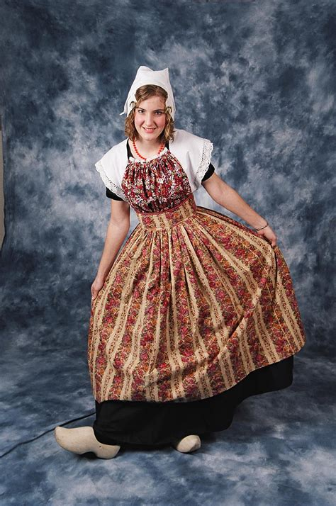 Search Netherlands Traditional Costume Netherlands Costumes And Netherlands