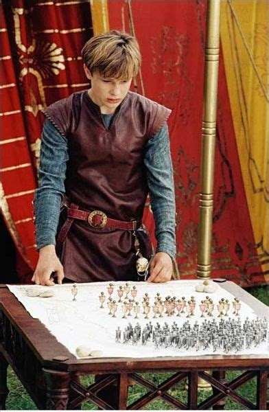 judul film narnia 1 peter s narnian c outfit narnia books and movie
