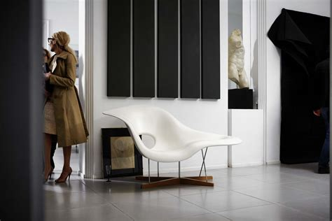 La Chaise by Vitra La Chaise Charles And Eames