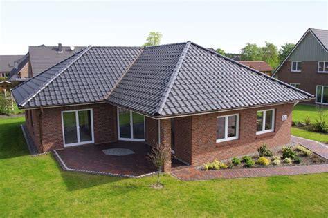 Wow Hausbau Preise by Winkelbungalow Mit 132 Qm Massiv Und Schl 252 Sselfertig