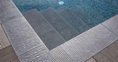pavimenti piscina pavimento per piscina pavimentazioni