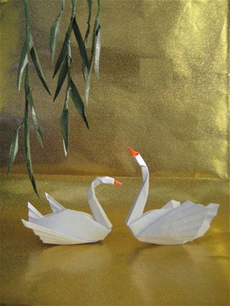 Japanese Origami Swan - 25 best ideas about origami swan on simple