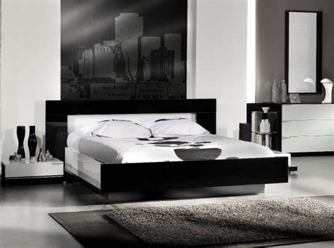 White And Black Gloss Bedroom Furniture High Gloss Black And White Callis Bed By Designer Sciae Bed Contemporary Furniture