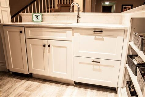 kitchen drawers instead of cabinets kitchen drawers instead of cabinets pin by tene martin