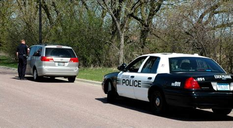 Can A Officer Search Your Car Without A Warrant How To Beat A Traffic Stop With Drugs In The Car
