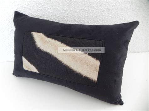deko fellkissen zebra kissen tierfell sofa fellkissen afrika deko geschenk