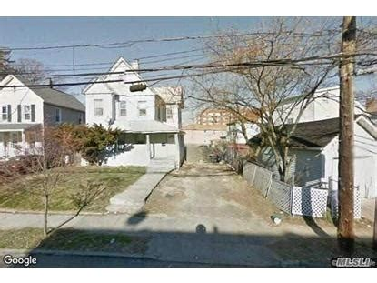houses for sale in far rockaway far rockaway ny real estate homes for sale in far rockaway new york weichert com