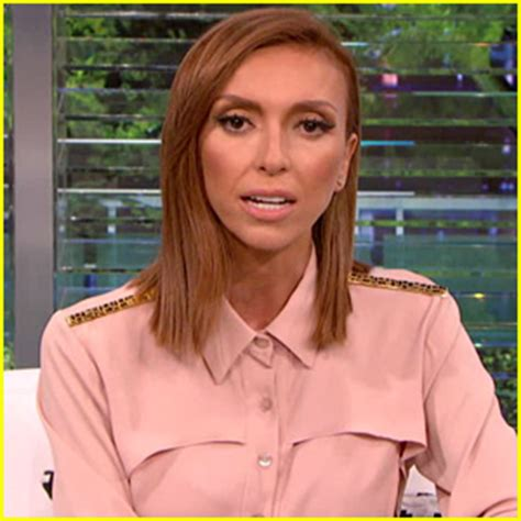 video of juliana rancic comments about zendaya hair watch giuliana rancic apologize to zendaya on e news for
