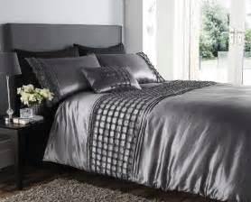 Luxury Cotton Duvet Covers Beautiful Silver Colour Stylish Ruffles Faux Silk Duvet