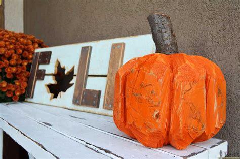 stump pumpkin log pumpkin  tool belt