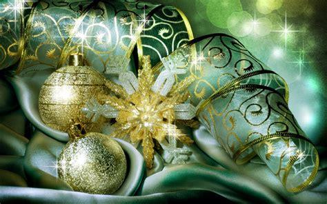 green christmas balls hd wallpaper hd latest wallpapers