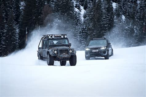 new land rover defender coming by 2015 2019 land rover defender confirmed coming with five body