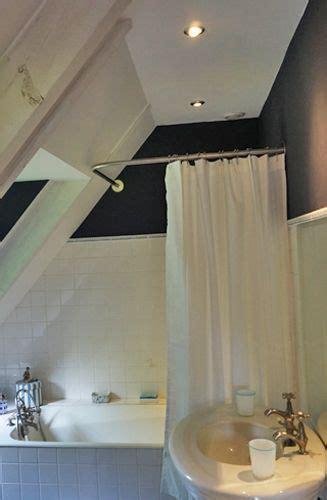 tringle pour baignoire d angle tringle rideau de angle sur mesure baignoire sous