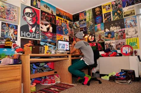 things needed for college room 9 things you absolutely need in your room my