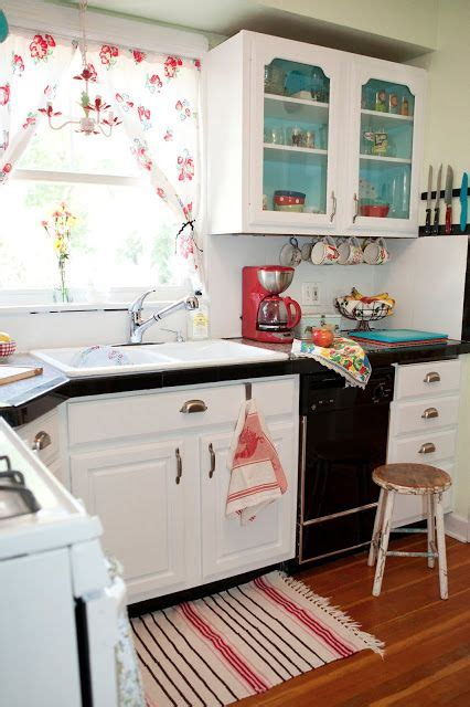 small vintage kitchen ideas 32 fabulous vintage kitchen designs to die for digsdigs