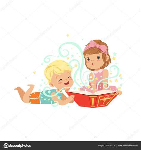 libro little girls can be ni 241 o con ni 241 a leyendo un libro m 225 gico con historias de fantas 237 a personajes de hermano y hermana