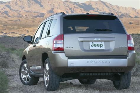 2008 jeep patriot used car review autotrader 2008 jeep compass used car review autotrader