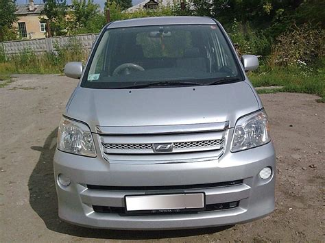 Toyota Naoh 2004 Toyota Noah Pictures 2 0l Gasoline Automatic For Sale