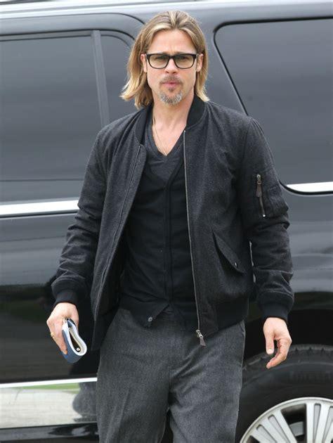 Stylish Who Got It Right Brad Pitt Ludacris Ben Affleck by Brad Pitt Bomber Jacket Brad Pitt Looks Stylebistro