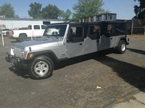 6 Door Jeep Wrangler Wth It S A Six Door Jeep Wrangler Stretch Limo