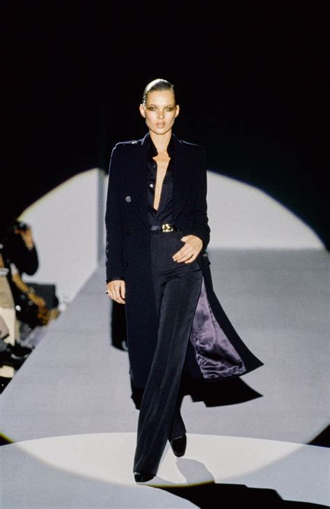 Gucci Set 2 In One 6053 gucci fall 1996 ready to wear collection vogue