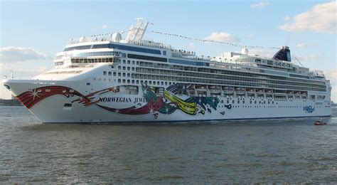 ship jewel norwegian jewel deck plan cruisemapper