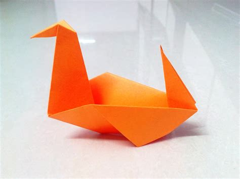 How To Fold A Paper Duck - how to make an origami duck