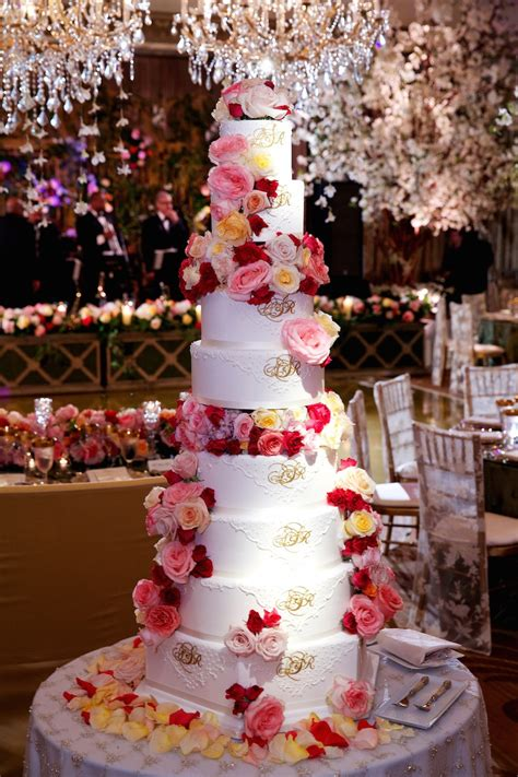 Flower Wedding Cake Tops by Cakes Desserts Photos Towering Wedding Cake Inside