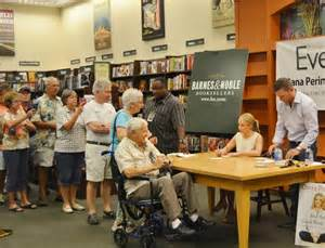 barnes and noble villages perino attracts big crowd at barnes noble book