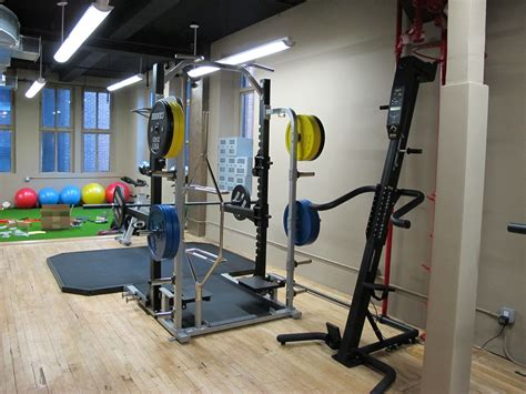 privates fitnessstudio exploring new york s gyms titan fitness studios